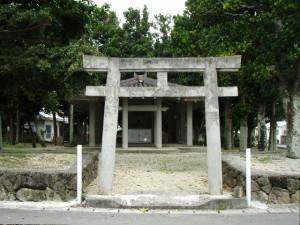 嘉手苅御嶽(カチガラオン)